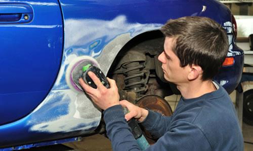 Aseguradoras y CMF se enfrentan por norma sobre reparaciones de vehículos
