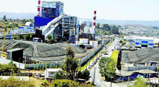 Aseguradoras dejan de respaldar proyectos a carbón y ponen en jaque futuro de esas centrales
