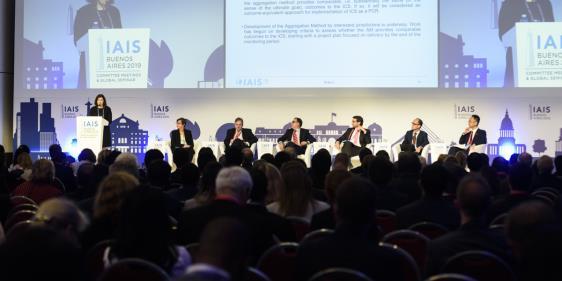 """""""El sector asegurador tiene un papel crítico en la estabilidad de la economía"""""""