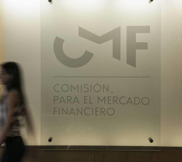 CMF advierte que hasta nueve aseguradoras podrían caer en insolvencia por nuevo anticipo de rentas vitalicias